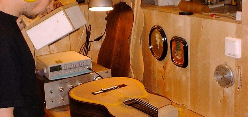 Om felslut inom gitarrbygge